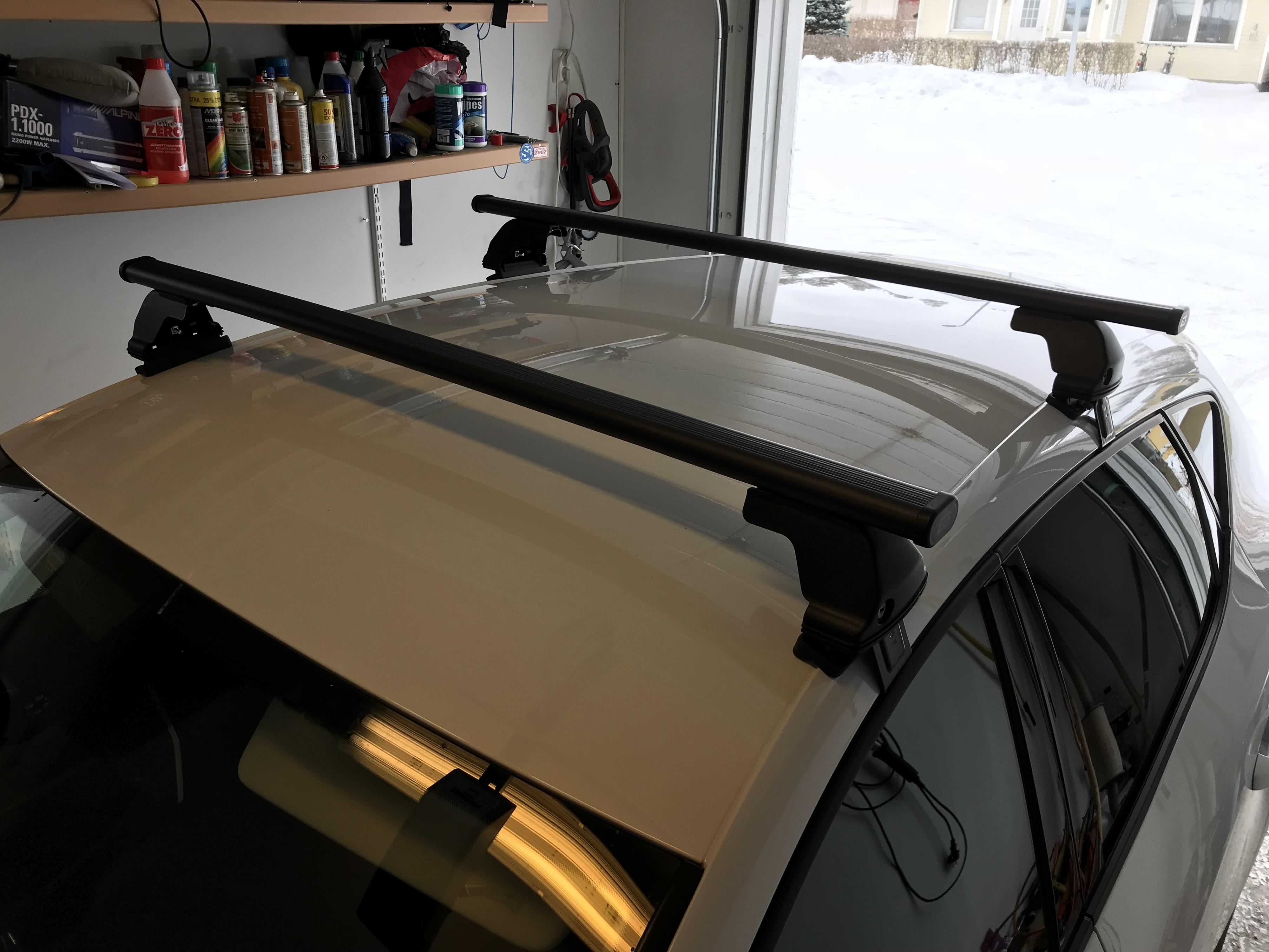 seat leon 2015 fr 5dr thule roof bars forums. Black Bedroom Furniture Sets. Home Design Ideas